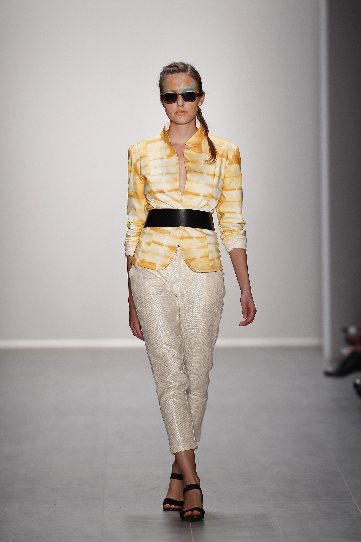 Liza Rebekka Ruetz Show Mercedes Benz Fashion Week Springsummer